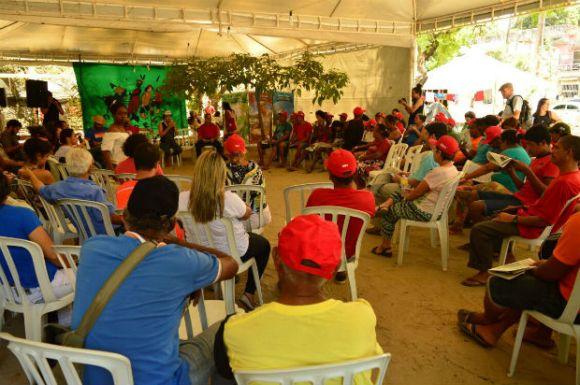 Debates marcam dia a dia no acampamento, que reúne centenas de pessoas. Foto: Tassio Alves/Cortesia