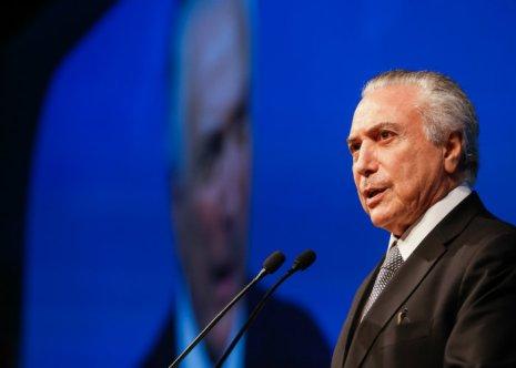 Sobre a possibilidade de cassação de sua chapa com a ex-presidente Dilma Rousseff em 2014, Temer diz que espera que o processo seja julgado. Foto: Beto Barata/PR