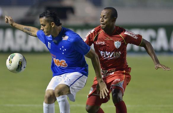 Cruzeiro vence a Portuguesa por 2 a 0, em Varginha - Pedro Vilela / Agencia i7
