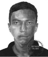 O suspeito que estava com a arma vestia camisa pólo preta, calça jeans e tênis (Divulgação PCDF)