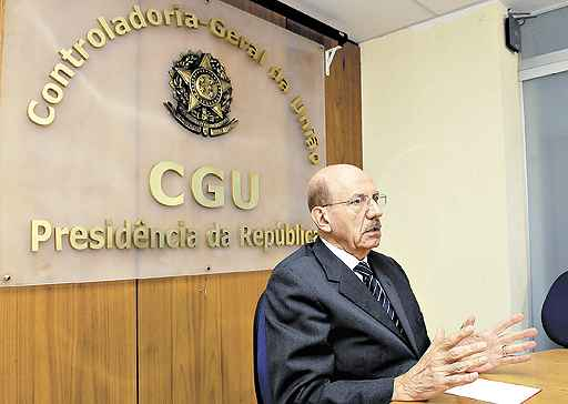 Em dezembro, Hage decidiu pela demissão de um professor da UFRJ que contratou a própria empresa (Marcelo Ferreira/CB/D.A Press - 16/12/09)