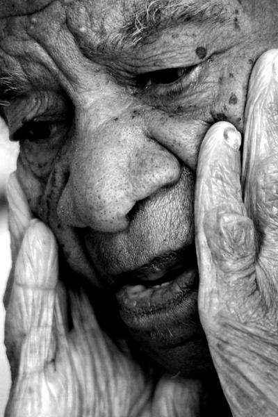 'Quando nós nascemos, a escravidão já tinha sido abolida, mas, até hoje, eu me pergunto se foi abolida mesmo', questiona Maria das Dores Andrade, descendente de escravos (Carlos Vieira/CB/D.A Press)