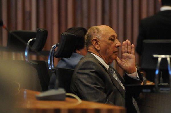Benedito Domingos no plenário da Câmara Legislativa: dois processos tramitam contra ele na Casa (Rafael Ohana/CB/D.A Press - 11/5/11)