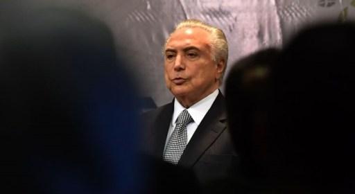 Resultado de imagem para Presidente ignora gritos de 'Fora Temer' em cerimônia no Rio