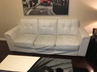 letgo - white leather tufted love seat in Tampa Palms, FL