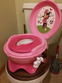 letgo - girls potty chair in Gamewell, NC