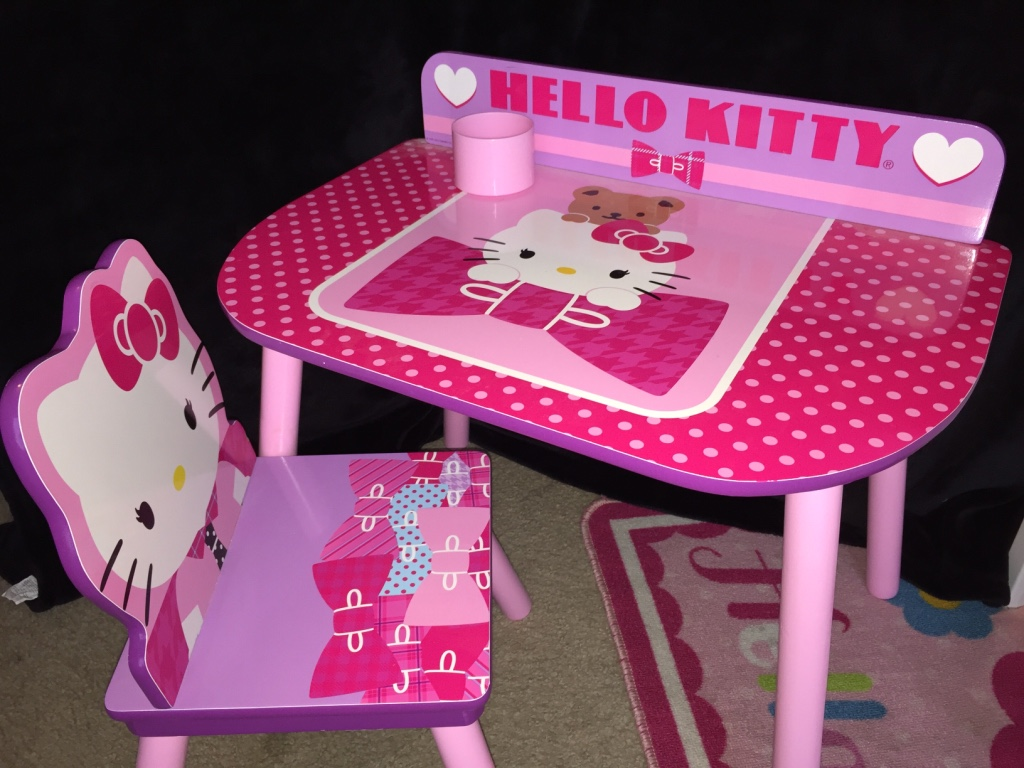 hello kitty desk chair high back covers letgo white pink cha in north highlands ca