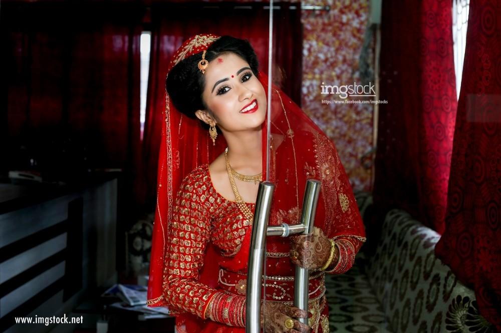 Divya Raut - Imgstock, Biratnagar