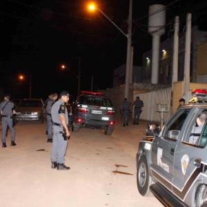 Policiais militares da Rota durante operação na periferia de São Paulo
