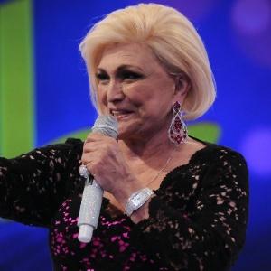 """Hebe Camargo apresentando o programa """"Hebe"""", na Rede TV! (23/4/12)"""