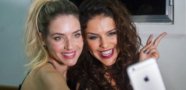 """Monique Alfradique e Paloma Bernardi gravaram vinheta do """"Dança"""""""