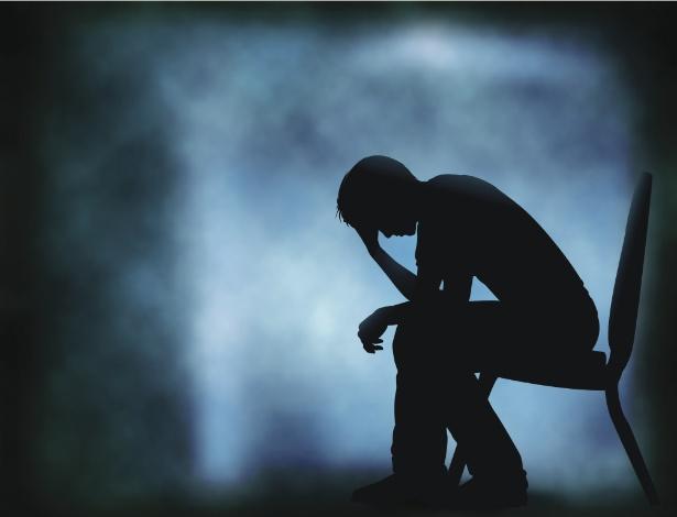 O luto tem diferentes fases, como a negação, a depressão e a aceitação
