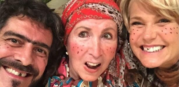 """Junno, Dona Alda e Xuxa na festa junina da família: """"Arraiá dos Menega"""""""