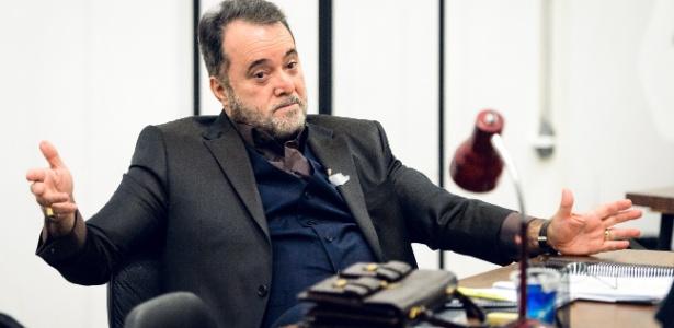 """Tony Ramos grava as primeiras cenas como Abel Zebul, protagonista da série """"Vade Retro"""""""