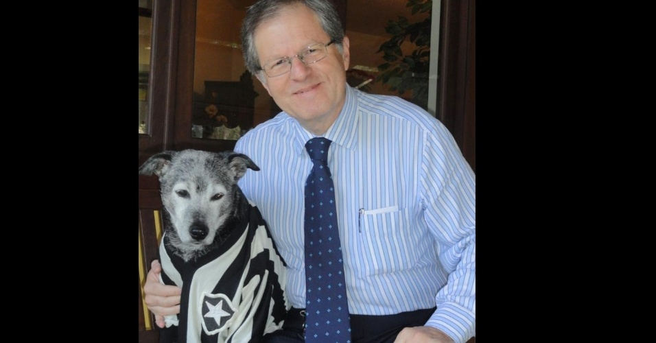 presidente-do-Botafogo-tem-ONG-para cães-abandonados-FuteRock