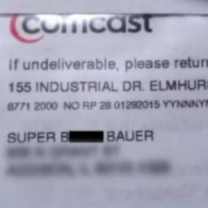 """Em cobrança, operadora Comcast muda nome de cliente para """"super cadela"""""""