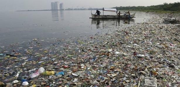 Cientistas dizem que 20 países são responsáveis por 83% da poluição dos mares por plástico