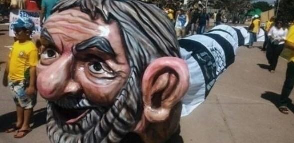 Organizadores estima em 8.000 o número de manifestantes em Maceió - Reprodução/Twitter/GeraldodeMorais