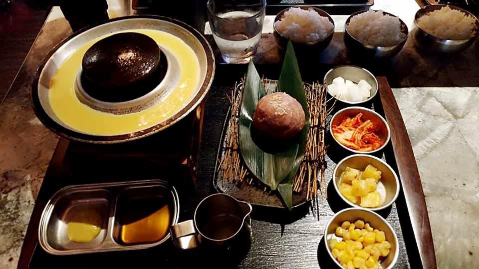 #食記 #臺南 #石堂-極和牛石頭燒 - 美食板 | Dcard