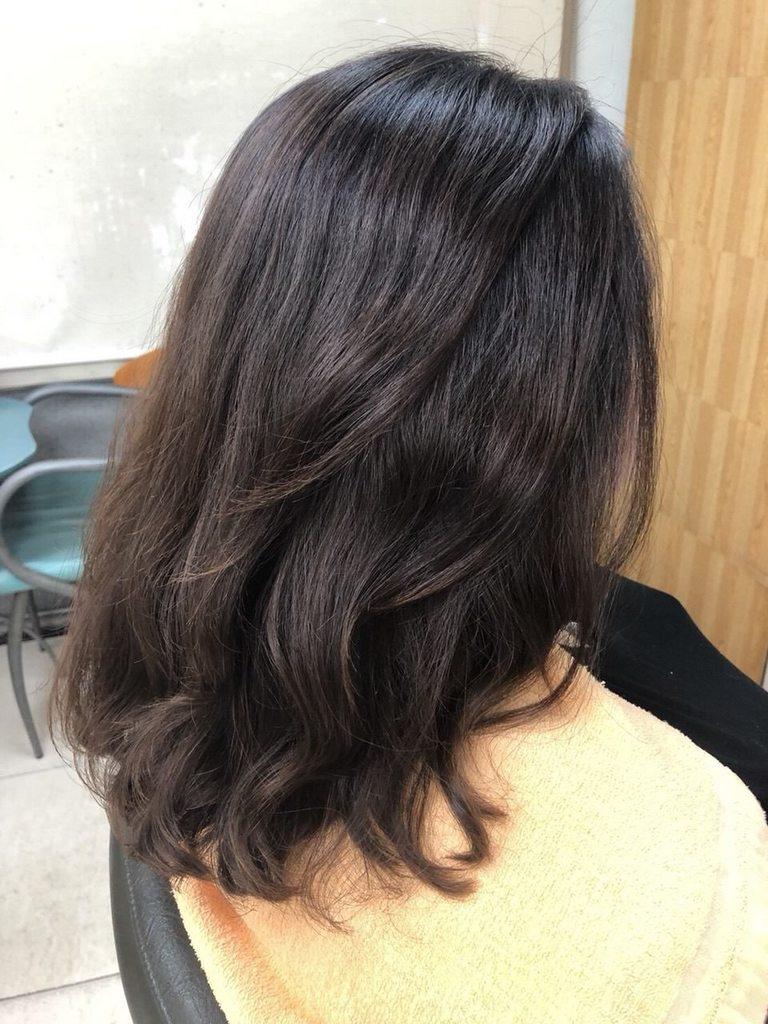 #求燙染分享 Zoss/優芙髮廊 - 女孩板   Dcard