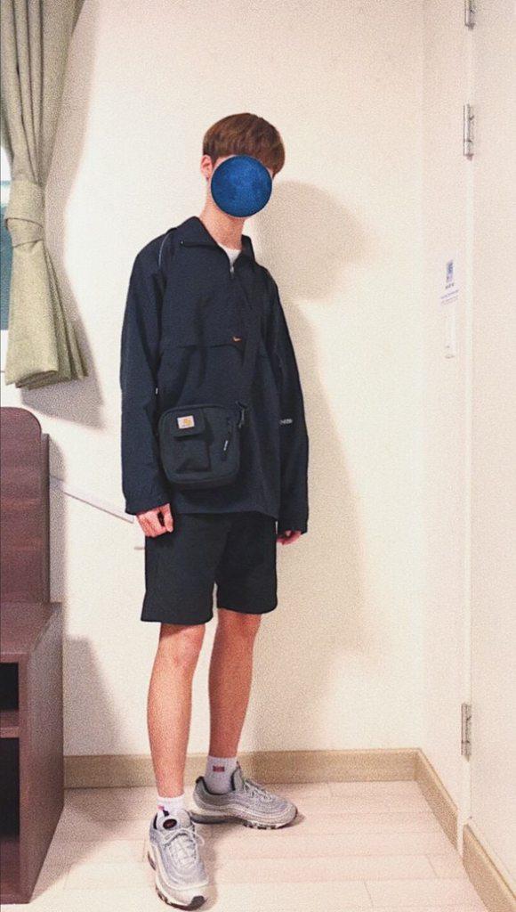?? 在韓國上課的日常穿搭 #5 ?? - 穿搭板 | Dcard
