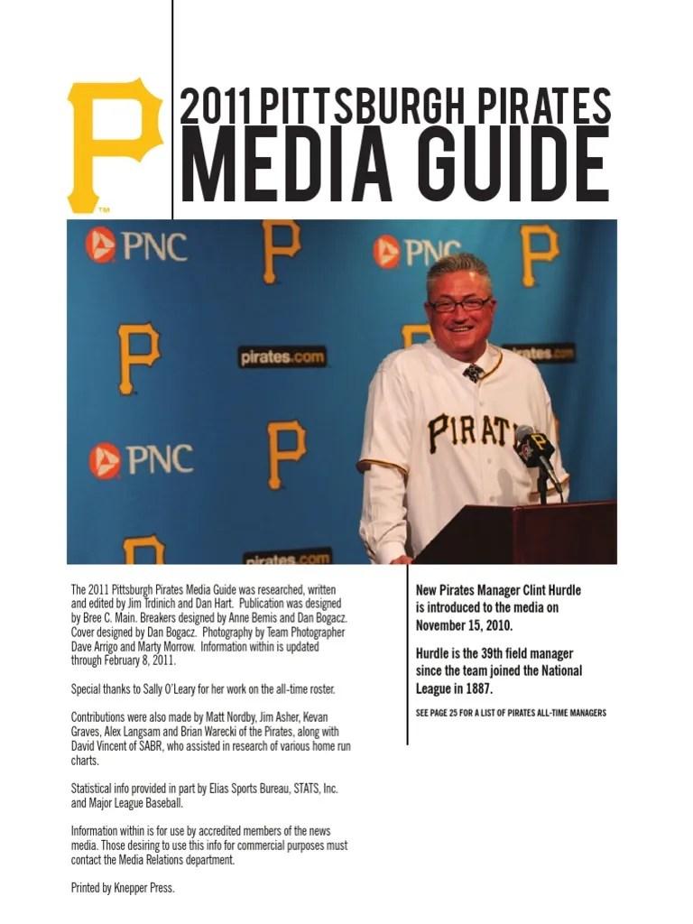 2011 New York Yankees Media Guide Ball And Bat Games Major