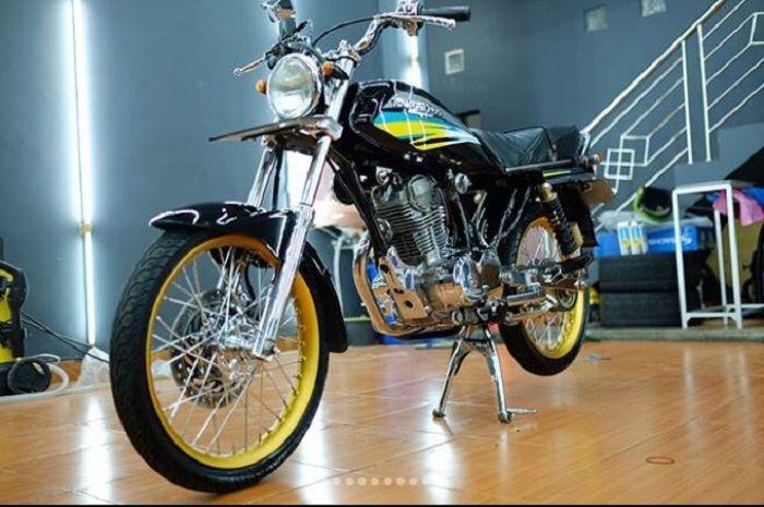 Kaya Abis Mandi Kucing Honda GL Pro CDI Ini Kinclongnya