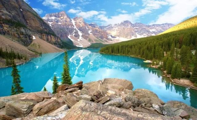 Banff, Alberta no Canadá. Bom para fazer turismo. Imagem no post do ranking das melhores cidades para se viver no Canadá