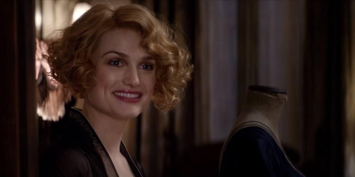 queenie_smiling_fantastic_beasts_cc_trailer