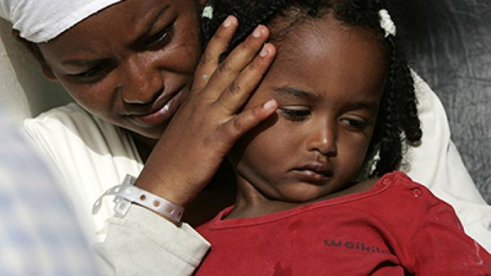 FGM Makes Victims - A little girl with her mum | imjussayin.com