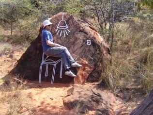 A lamp, a chair, a rock…©ImkeRust