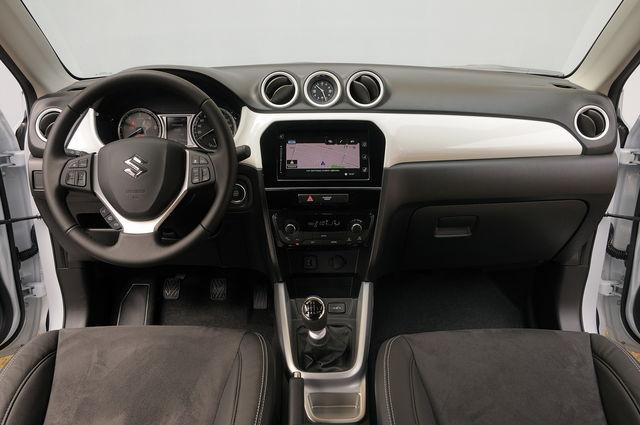 Prova Suzuki Vitara scheda tecnica opinioni e dimensioni 1