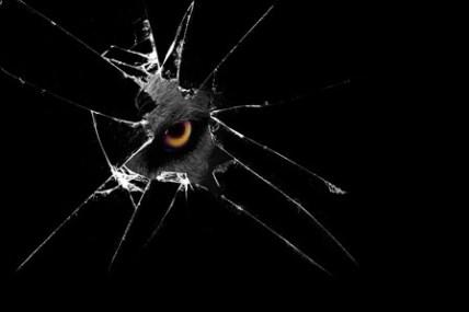 Vetro-rotto-occhi-d-aquila-spies-Terrore-creatura-umore-cupo-4-Dimensioni-Della-Parete-Decor-Canvas
