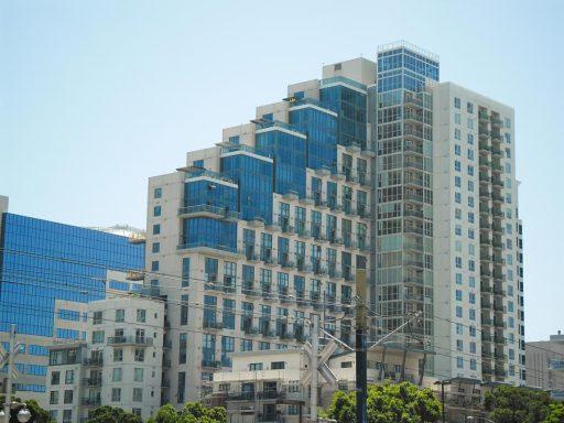 San Diego Highlights- Neumodernes Wohngebäude