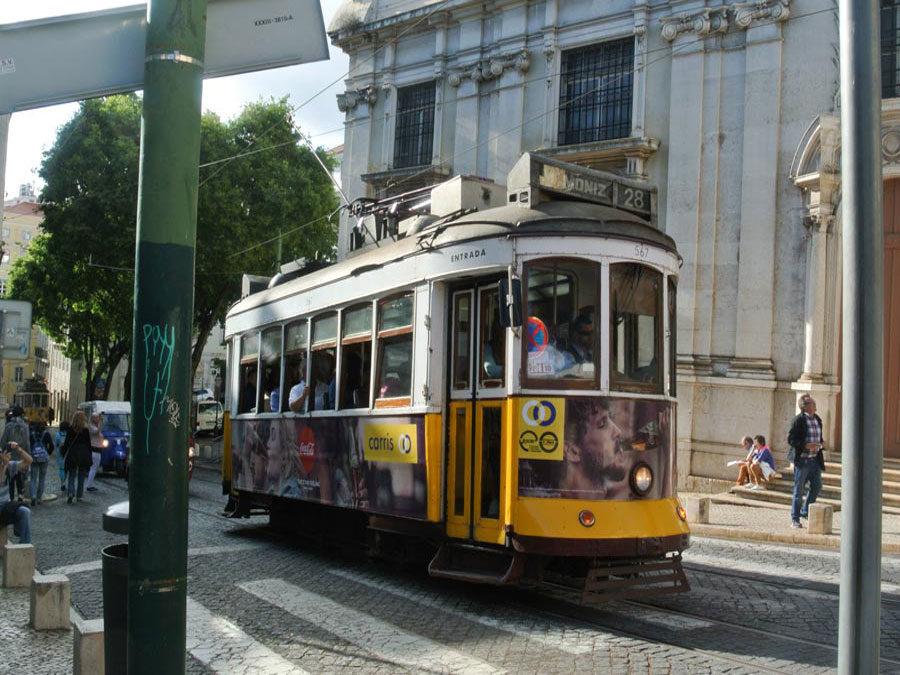 Kurzreise Lissabon - elektrische Straßenbahn