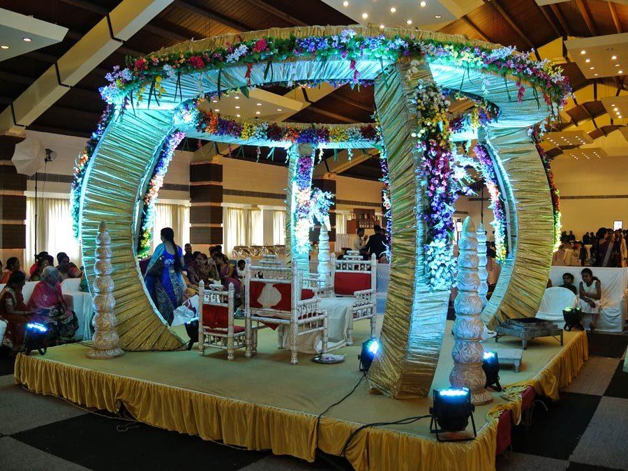 Indientrip - Pavillion der Hindi Rituale