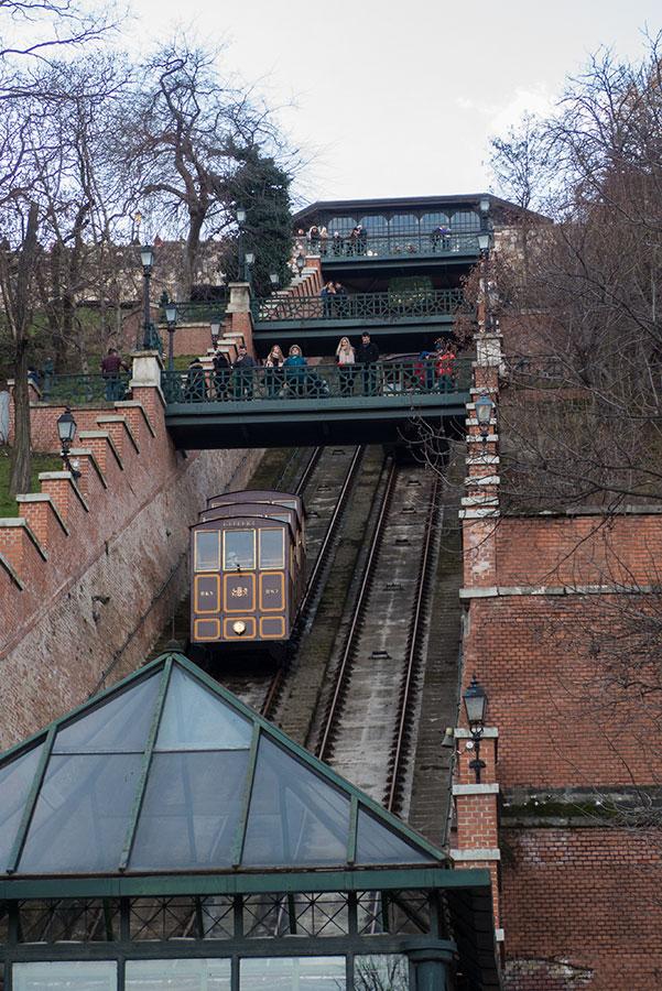 Aufzug Buda Berg