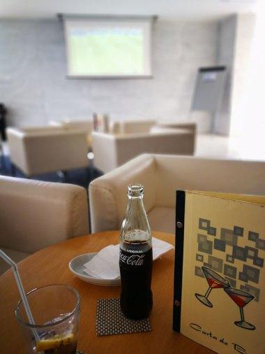 Fußball schauen in der Hotelbar