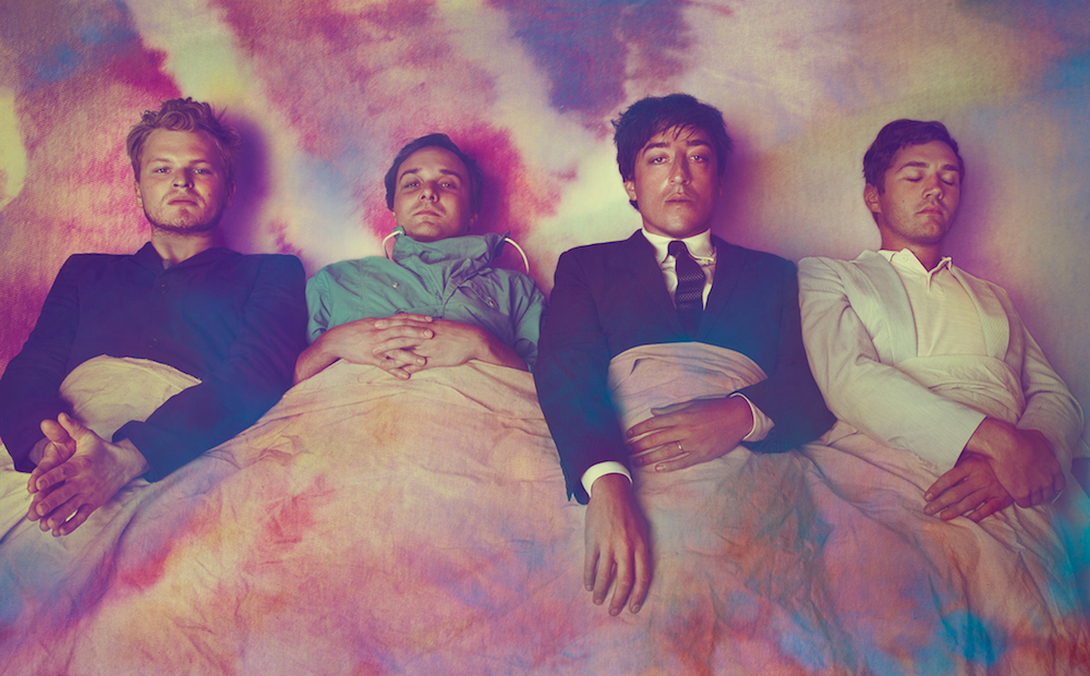grizzly-bear-three-rings-song-mp3-listen-stream.png