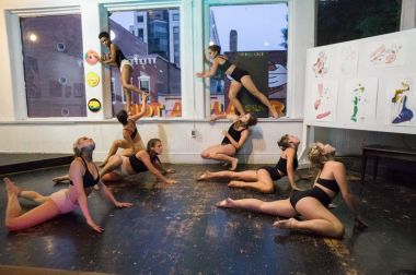 Dancers perform in the gallery / Photo courtesy of Mammal Gallery