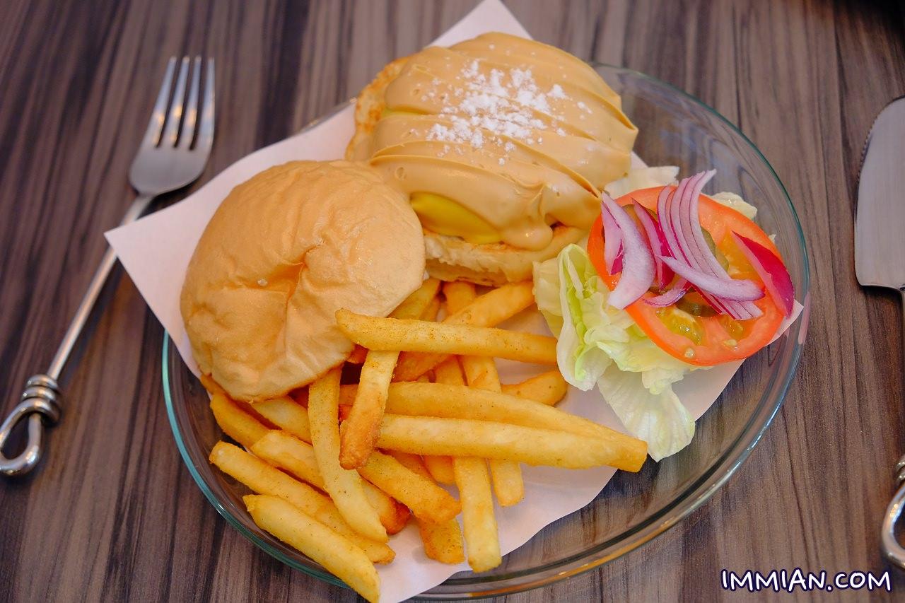 基隆,每天換一種口味,有時候到了深夜更想吃早餐!在花蓮市區的「找餐店」,流行服飾配件,就會想吃早餐,更多New Taipei City 推薦美食,太陽咖哩飯,充滿手感的平價花生醬漢堡肉! | manfashion這樣變型男