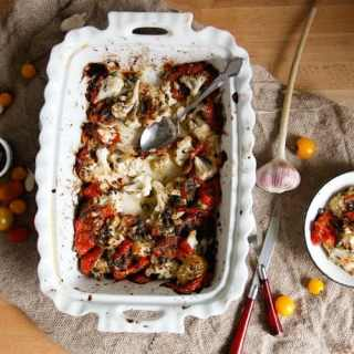 Roasted cauliflower with tomatoes and capers