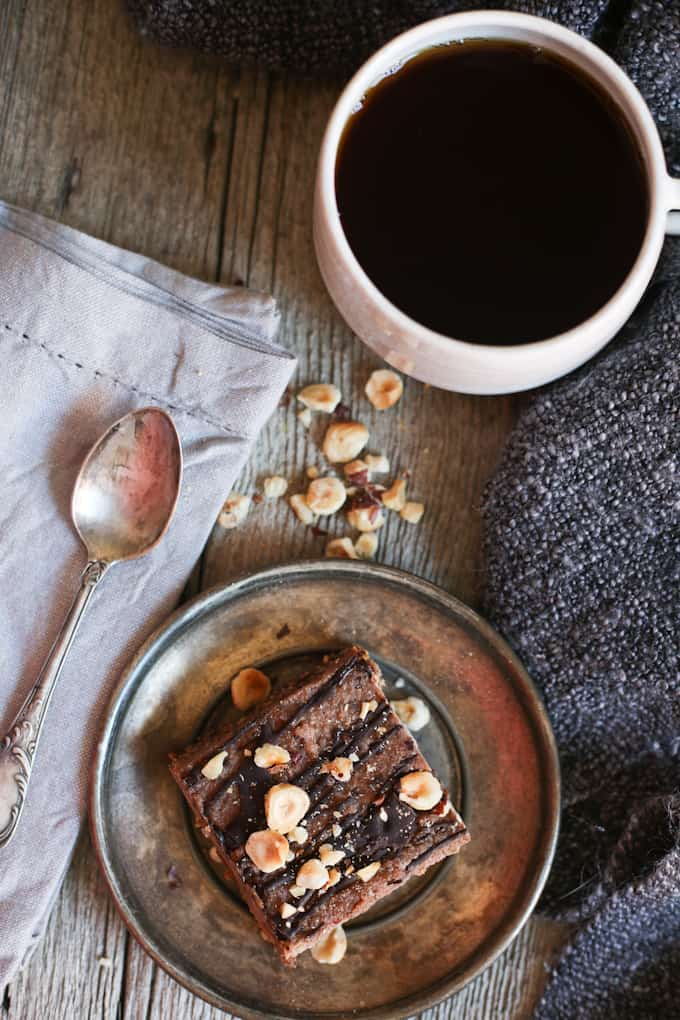Chocolate hazelnut bars (vegan, gluten-free, raw, Passover-friendly)