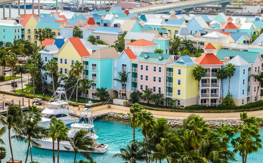 THE TOP 4 ADVANTAGES OF BUYING A PROPERTY IN THE CARIBBEAN