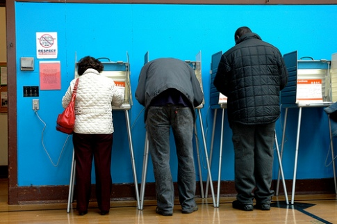 Picture of Latinos Voting