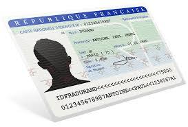 Demander la nationalité française par décret