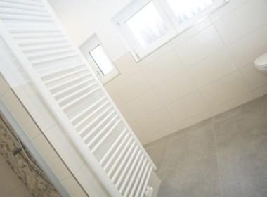 Immobilien Hahnefeld 114984937 Badezimmer Eingang
