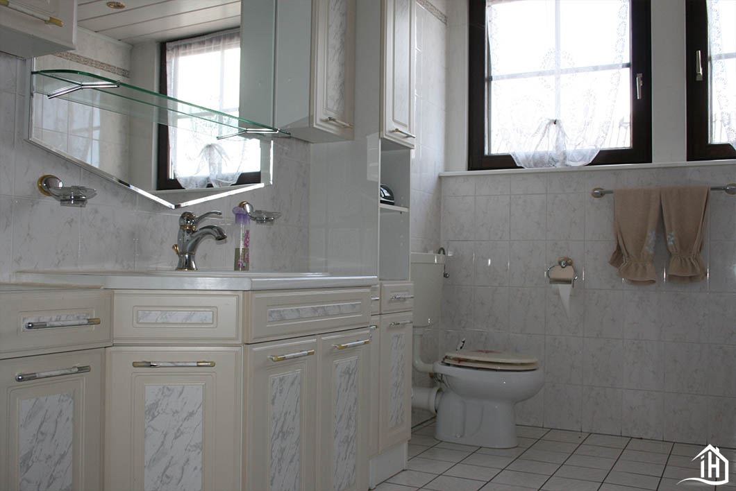 Immobilien Hahnefeld 97104829 WC