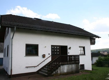 Immobilien Hahnefeld 97104829 Hauseingang