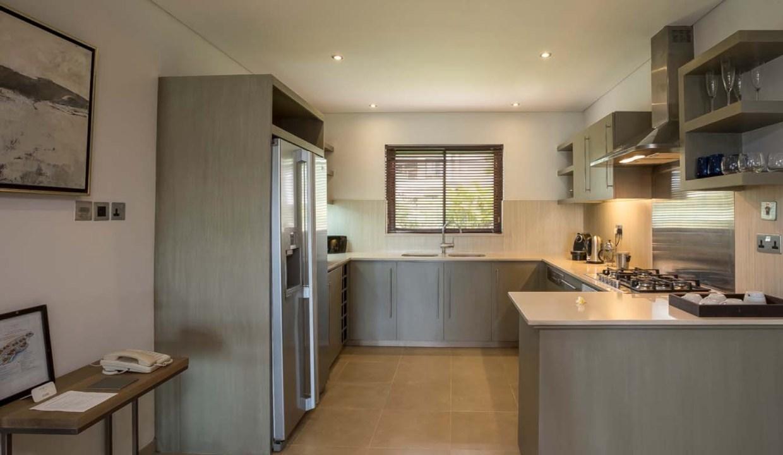 Appartement de 211m2 dans un style contemporain face au Golf et l'Océan14
